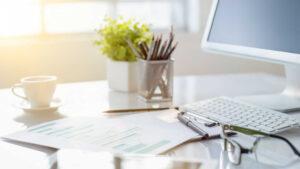 Dekoracje do biura – sprawdzone pomysły!